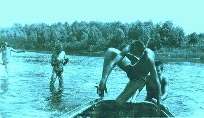Аквалангисты с лодкой